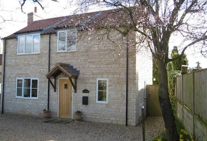 Modern Two Bedroomed Cottage in a Lovely Village