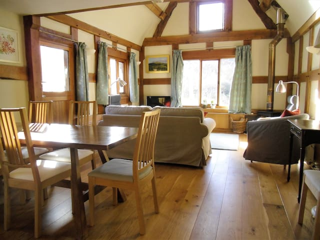 Middle Spoad Barn - rural retreat - Clun Valley