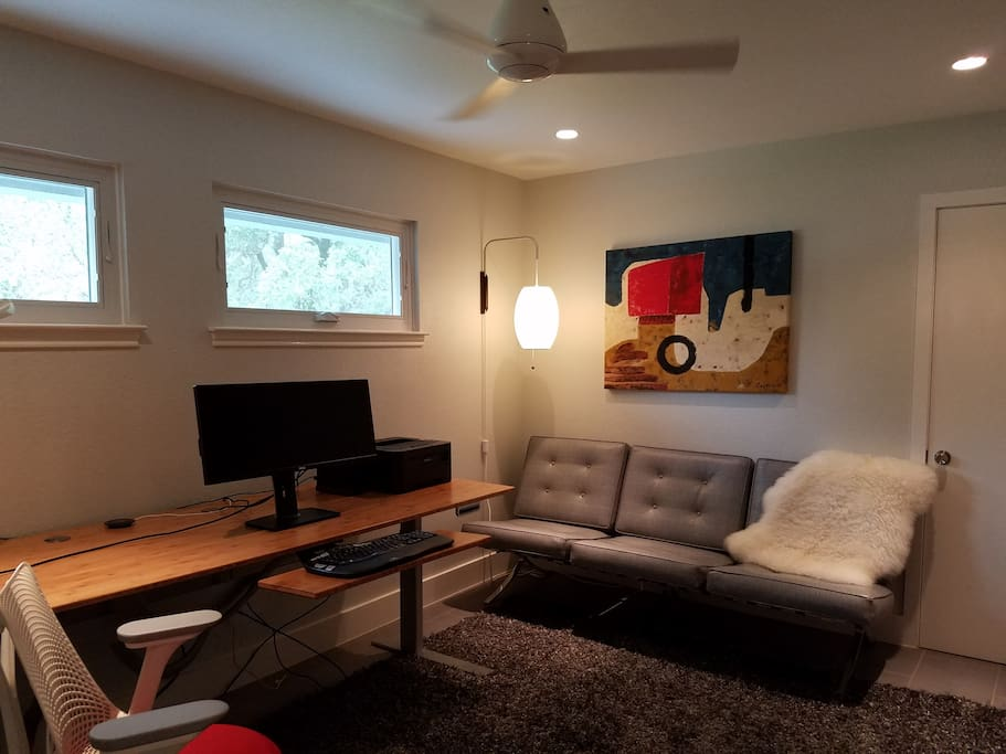 Extra living space to hang-out or do a little work on the adjustable stand-up desk.  Mini-fridge and wifi available.
