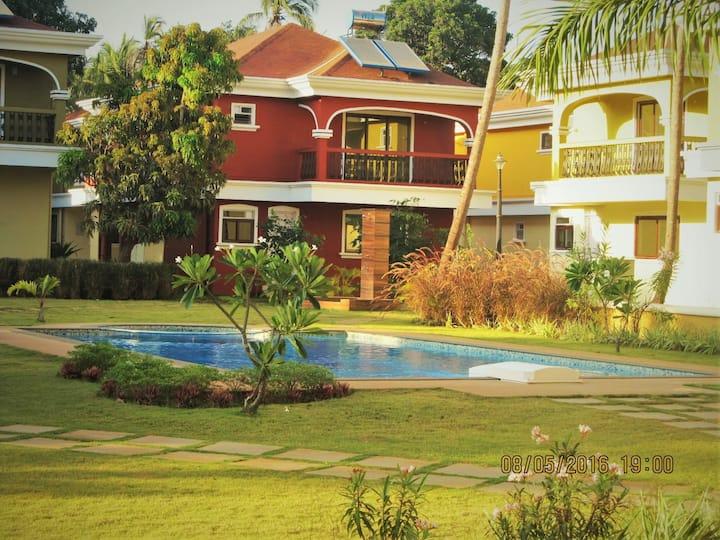 A Cosy Villa - by the sea in Goa.