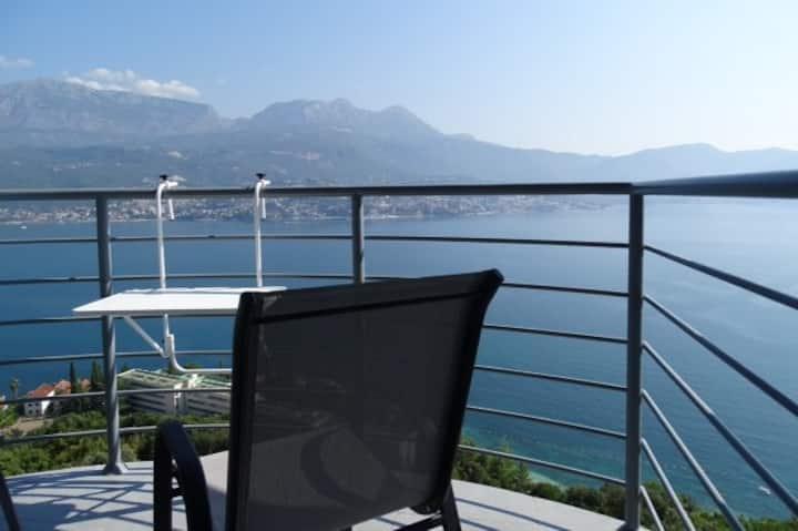 Montenegro Holiday Apartment (no 5)