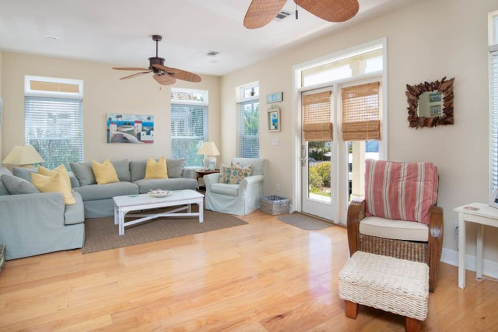 This inviting 2 story Seagrove Beach home is immaculate