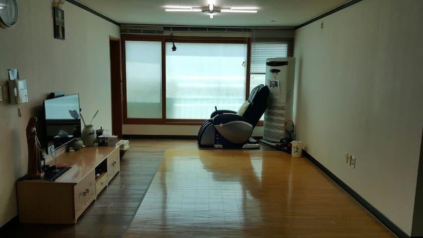 경상북도 안동시 단독주택 - Songhyeon-gil, Andong - Huis