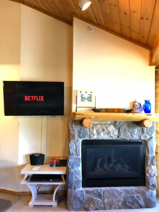 Gas fireplace with new Smart TV.  Great for relaxing evenings.