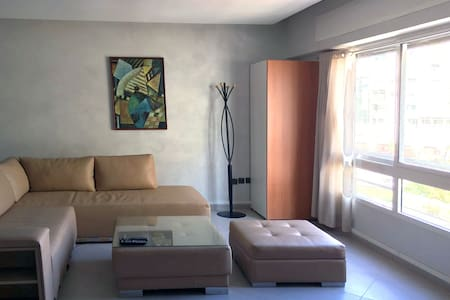 Beautiful central and bright apartment in Tangier - Tanger - Lejlighed