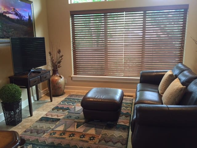 New Upscale Private..15 Minutes from Hayward Field - Springfield