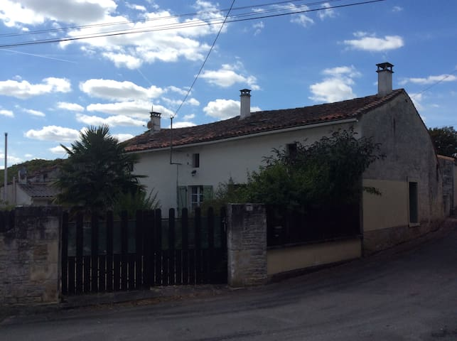 House in the Charente - Aubigné - Casa