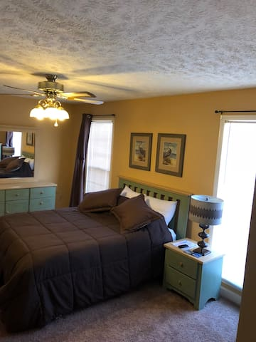Great Suite W separate entrance 2nd bedroom option