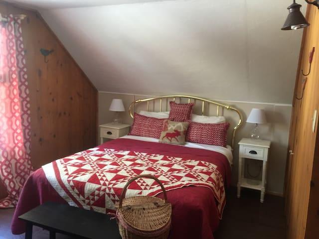 The bird house cabin