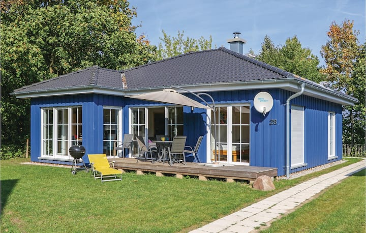 Holiday cottage with 2 bedrooms on 80m² in Altefähr/Rügen