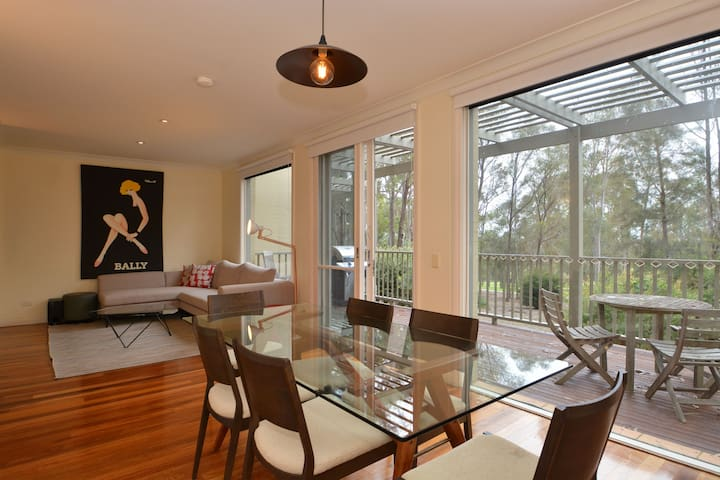 Hunter Valley Wine and Golf Townhouse - Pokolbin - Talo