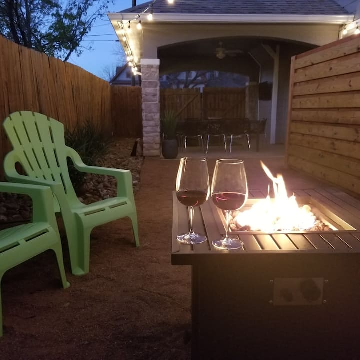Downtown Hutto Home w/ Fun Outdoor Living Space
