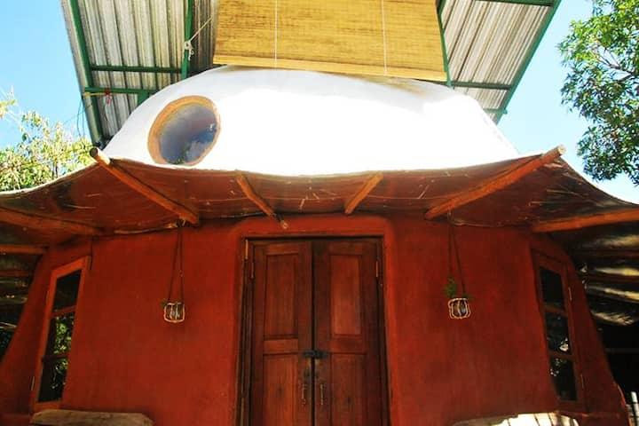 Mushroom House - Eco earth bag round house