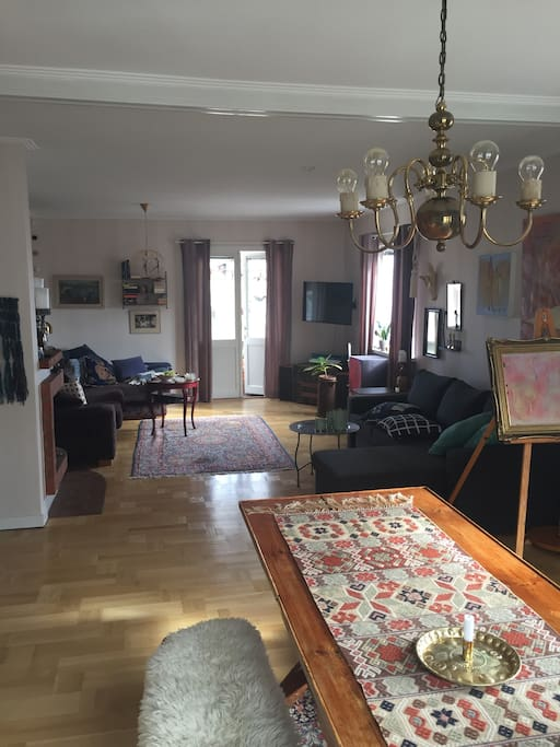Livingroom with access to the balcony. One sofa beds (160 cm) for 2 people. Large dining area.