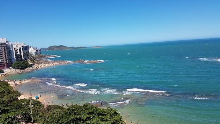 Apto, frente para o mar na Praia das Castanheiras
