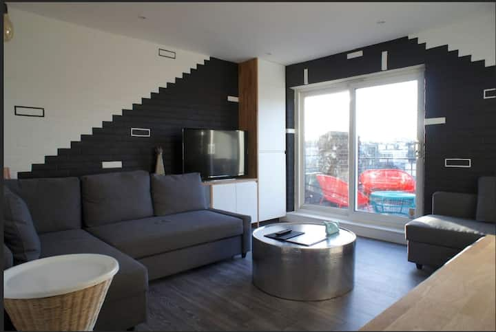 Fantastic Two Bedroom Apt with Large Balcony