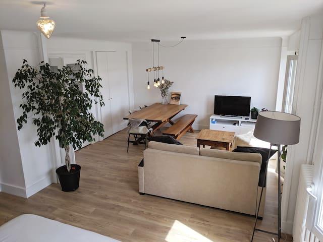 Calm, cozy apartment near Paris 52m²