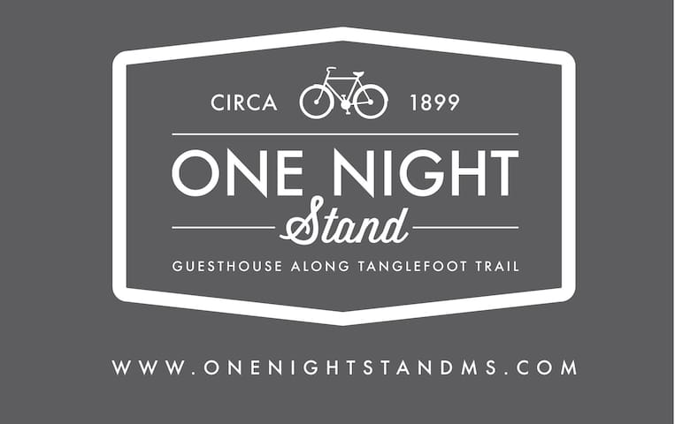 One Night Stand - New Albany - Rumah
