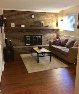 Great Apt close to highway! N INDY - Indianapolis - Pis