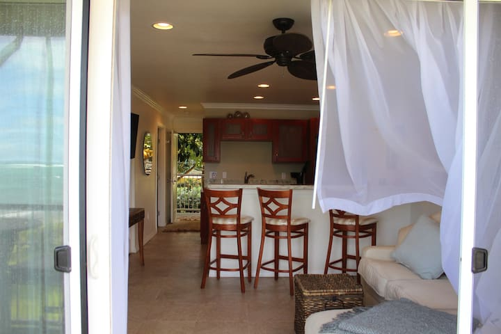 Wonderful Ocean Trade Winds ( this is the old kitchen - now it is a counter height)
