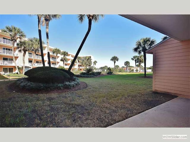 SABT103 - You will love this ground floor Condo close to the pool and Ocean - St. Augustine Beach