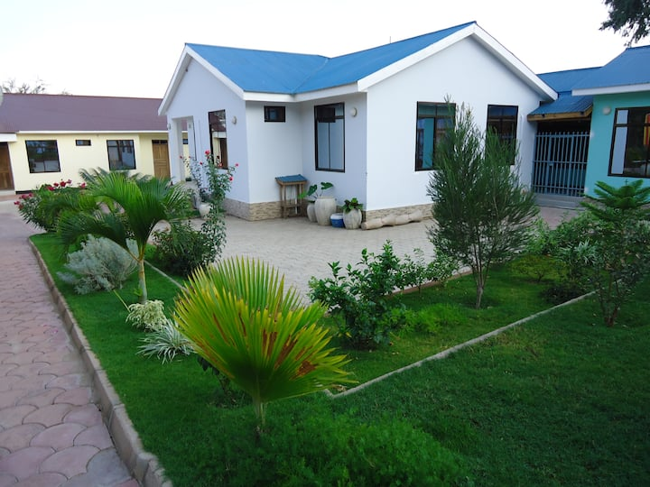 blissful, affordable home near Serengeti Park