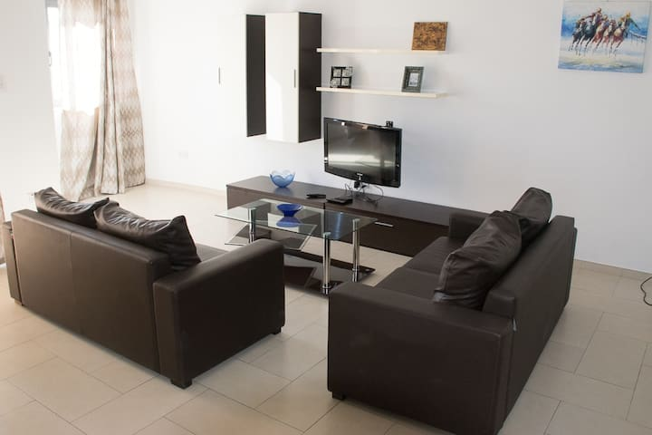Shared double room Swieqi 5 min walking Paceville