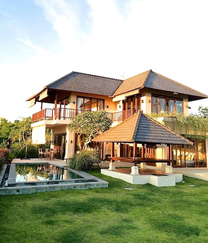 Villa Karang Kirana-Ocean view - Kuta Selatan - Villa