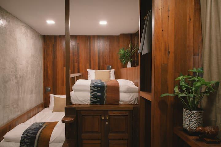 Plang Nam room : ห้องแปลงนาม