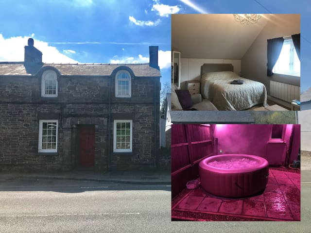 Newly furnished Annex and Hot Tub, Brecon Beacons