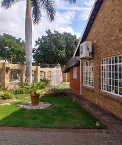 Africa sky guest House. 2 bed apartment