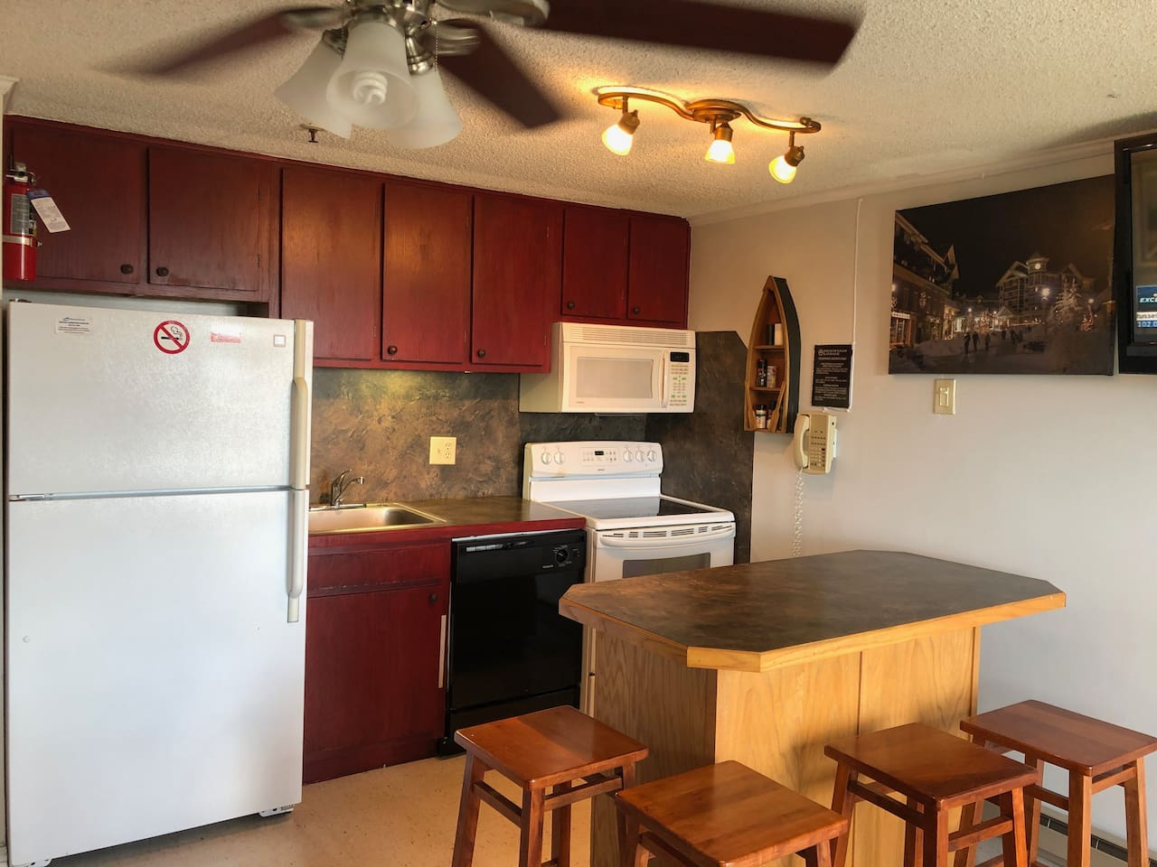 Newly Renovated Kitchen, Island and Cabinetry!