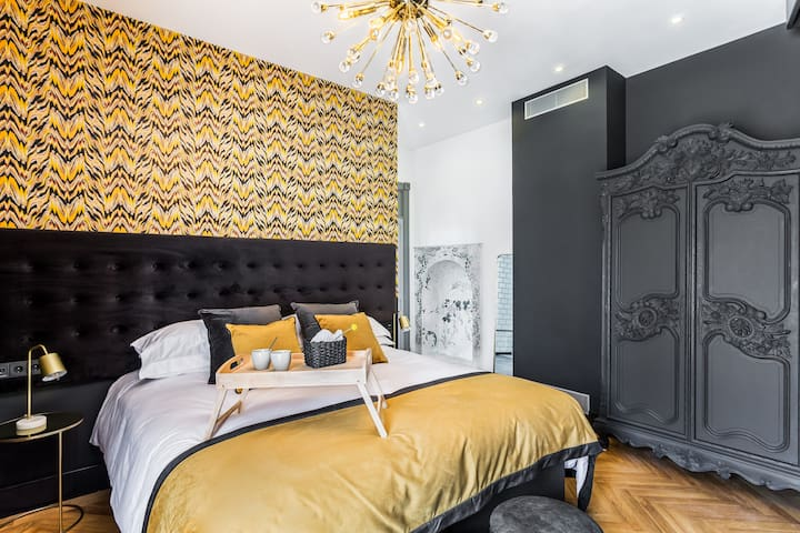 Room 8 Adults only boutique hotel with Pool & Gym