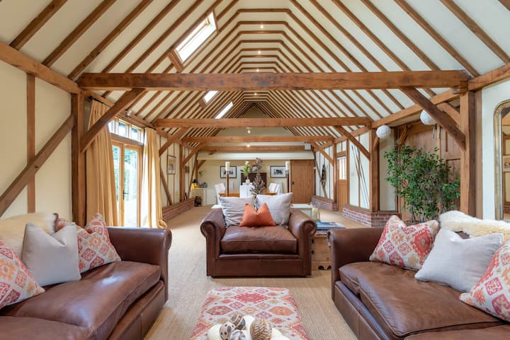 Spacious Suffolk Barn in Ixworth Thorpe