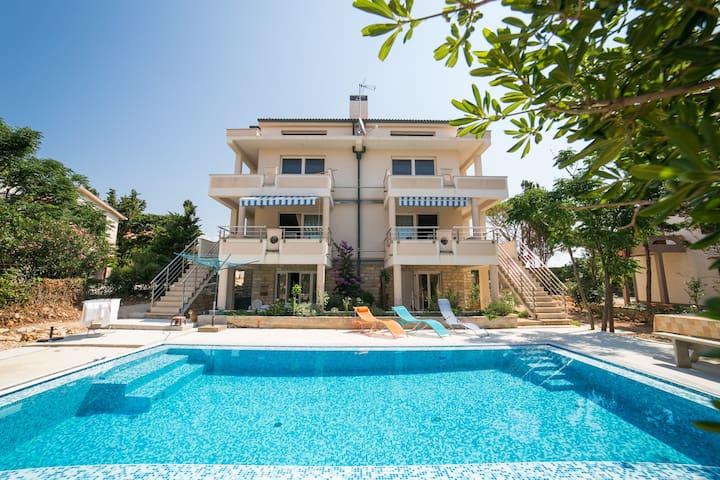 Luxury Living 6 Person Apartment - Novalja - Apartment