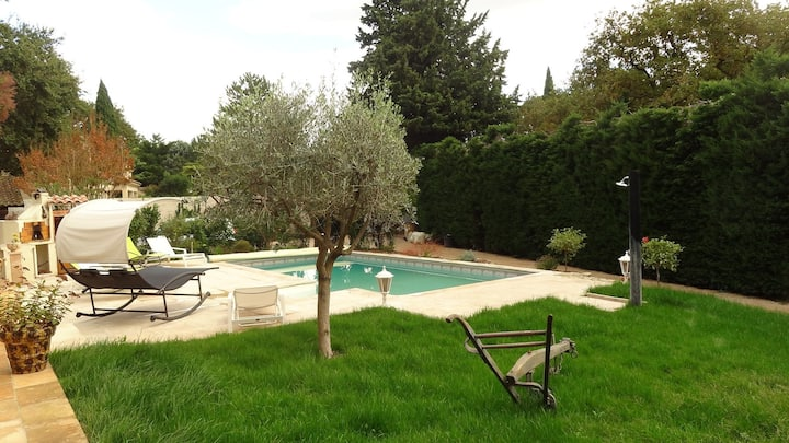 Provencal house with pool