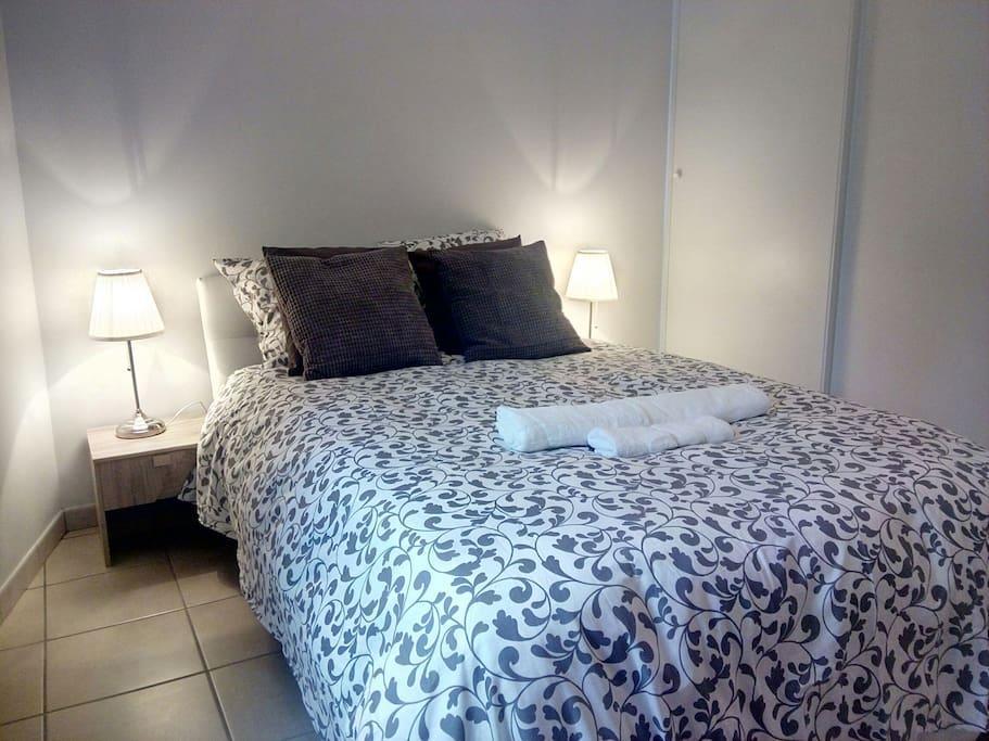maison de ville garage part dieu place guichard maisons louer lyon auvergne rh ne alpes. Black Bedroom Furniture Sets. Home Design Ideas