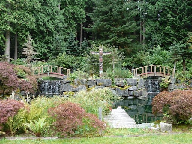 Chuckanut Whispering Falls Cottage