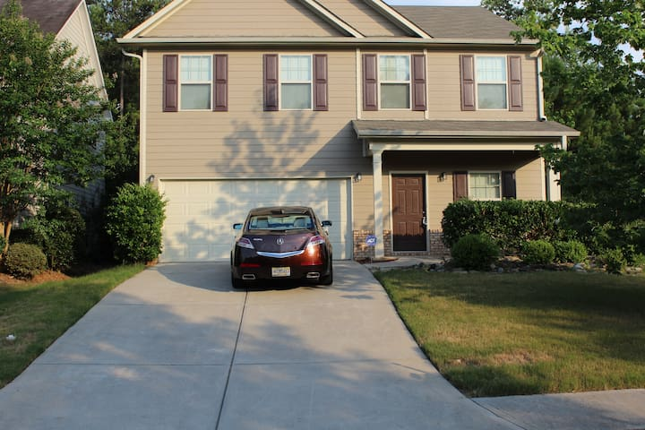 Mi-casa (5) 3 Bedrooms 2.5 Baths Douglasville Home - Douglasville - House