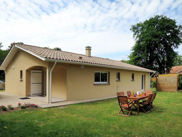 Holiday house for 6 persons in Soulac-sur-Mer