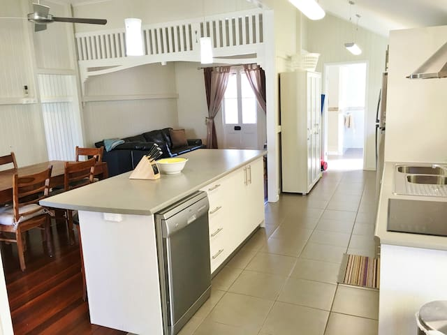 Boomerang Beach House holiday rental