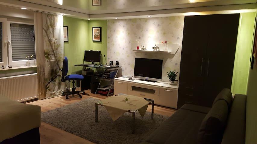 Schönes und gemütliches Zimmer - Kaarst - Apartemen