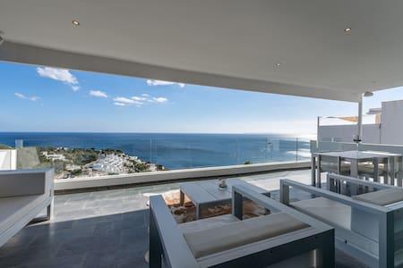 "Luxury Seaview Villa ""Can Tadeo"", Roca Llisa - Roca Llisa"