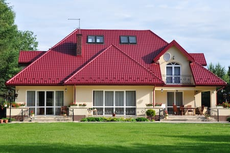 Beautiful villa 30 min from Warsaw - Wiązowna Kościelna - Haus