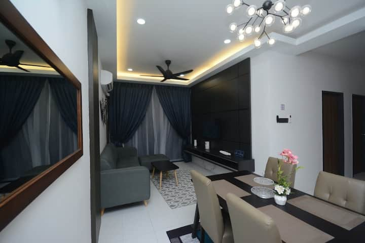 Serene Imperio Home2stay Alor Setar-Apt with Pool