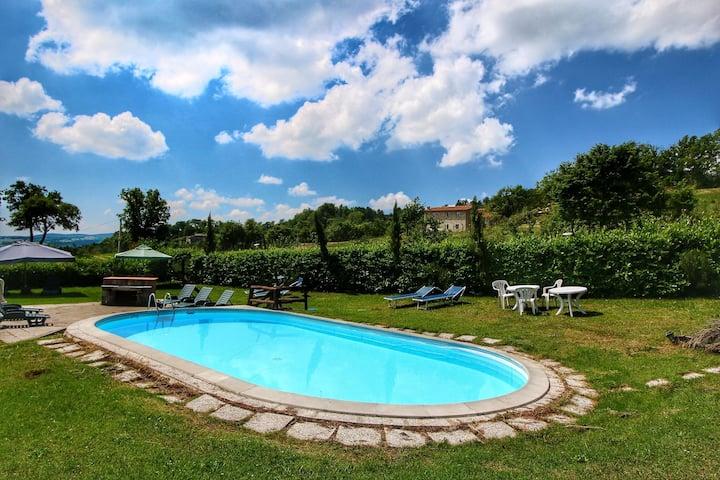 Pequeña casa de vacaciones en Caprese Michelangelo, Toscana