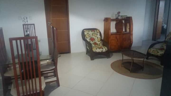 Casa 1° andar em Barra de Itariri-Conde- Ba