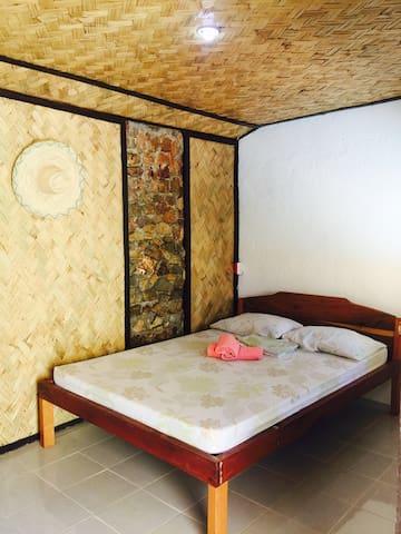 Concepcion Diver's Lodge (Acroom) - Busuanga - Skjul
