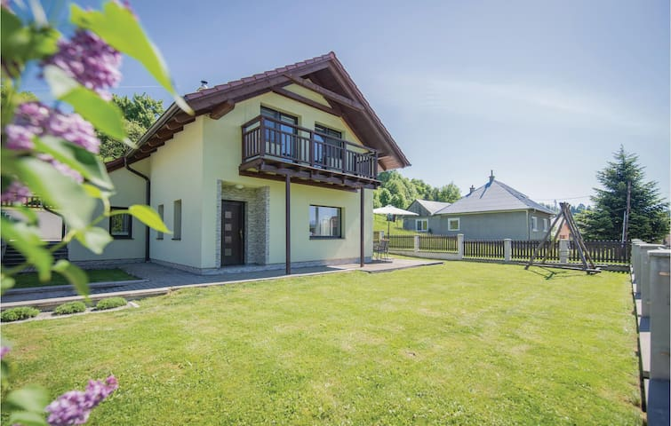 Holiday cottage with 3 bedrooms on 108m² in Liptovska Sielnica