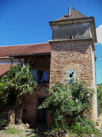 Gîte 'Le Pigeonnier' à Etrigny